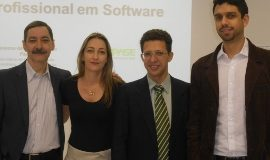 Flavio de Barros (presidente PISO), Andresa Zamoner (gerente administrativa PISO), Adilton Carneiro (diretor-presidente da Fipase) e Dalton Marques (gerente da Fipase) (270x203)
