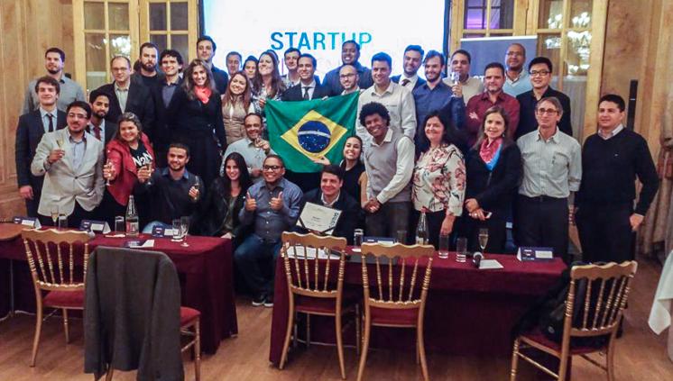 Empreendedores que participam do novo programa de internacionalização de startups conversaram, nesta sexta, com Felipe Monteiro, do INSEAD